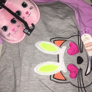 Other - 2pc pajamas set and slippers